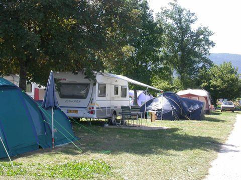 Camping Les Champs Fleuris - Camping Haute-Savoie - Image N°5