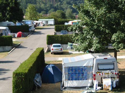 Camping Les Champs Fleuris - Camping Haute-Savoie - Image N°3