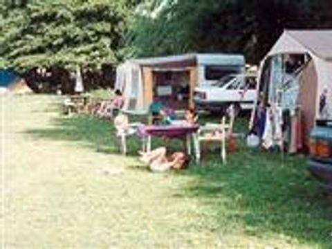 Aire Naturelle De Camping À La Ferme - Camping Saone-et-Loire - Image N°3