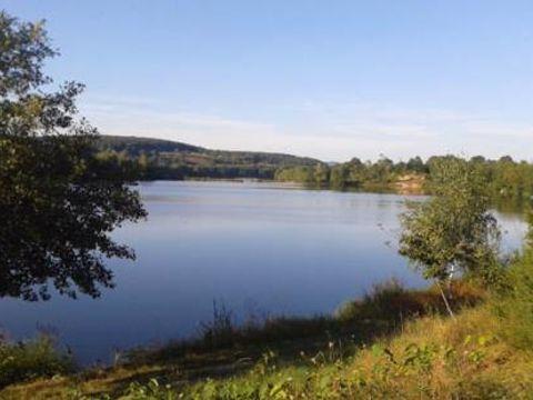 Camping Le Lac Des Arrouettes - Camping Saone-et-Loire - Image N°2