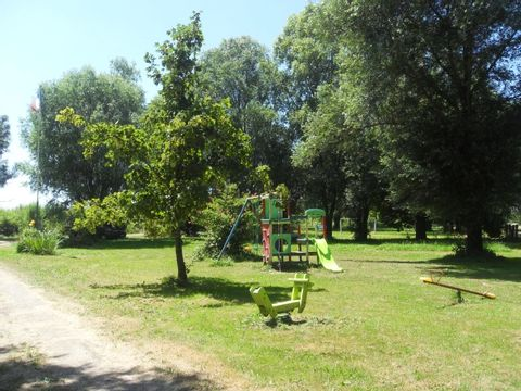 Camping aire naturelle de Amitie Et Nature - Camping Cote-Or - Image N°2
