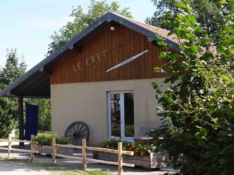 Camping a la ferme de Le Cret - Camping Doubs