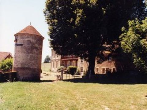 Le Domaine d'Ainay - Camping Nievre - Image N°2