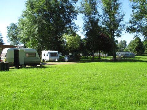 Camping Municipal de Saint Père - Camping Yonne - Image N°2