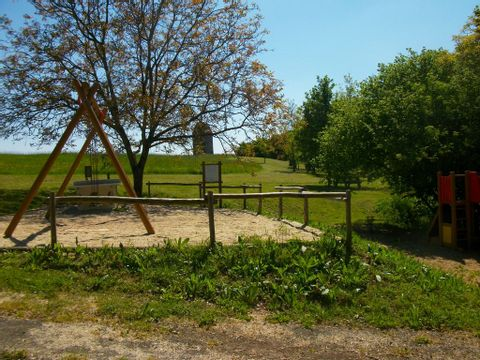 Camping Municipal - Camping Maine-et-Loire - Image N°3