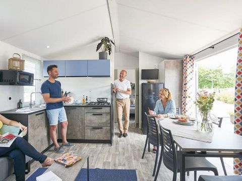 MOBILHOME 8 personnes - FAMILY