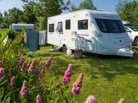 Camping L'etang De Challain - Camping Maine-et-Loire - Image N°3