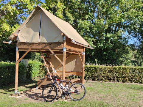 BUNGALOW 2 personnes - Campétoile (sans sanitaires)