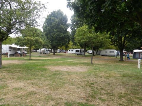 Camping aire naturelle Municipale - Camping Meuse