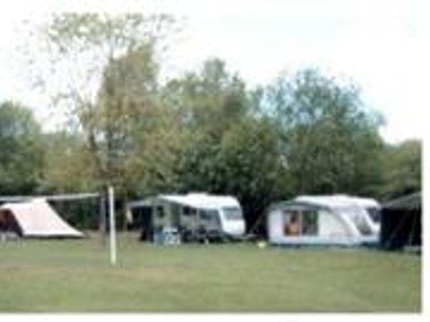 Camping à la Ferme Cernay la Ville - Camping Yvelines