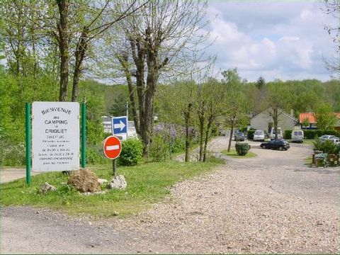 Camping Le Criquet - Camping Yvelines - Image N°2