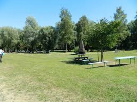 Oise  Camping De L'Abbatiale - Camping Oise - Afbeelding N°10