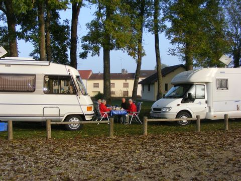 Aire Camping-cars de Stenay - Camping Meuse