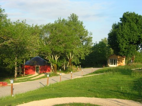 Camping Les Hauts d'Albas - Camping Lot - Image N°3