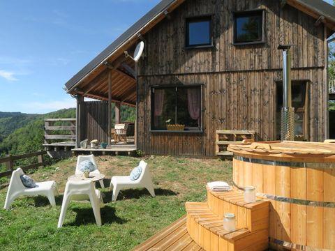 les cabanes de la guinguette - Camping Puy-de-Dome - Image N°2