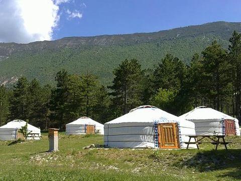 les steppes du khaan - Camping Alpes-de-Haute-Provence - Image N°2