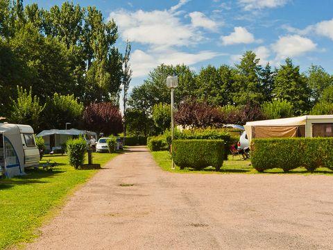 Camping Du Moulin - Camping Cantal - Image N°2