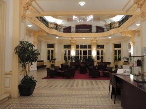 Appart'Hôtel Le Splendid d'Allevard - Camping Isere - Image N°12
