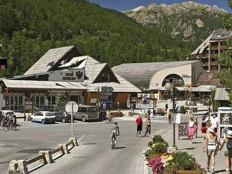 Résidence Le Chalet de l'Eterlou - Camping Hautes-Alpes - Image N°3