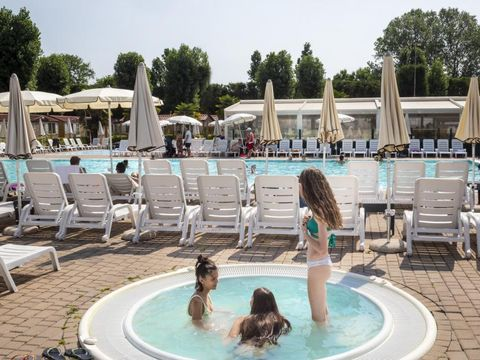 Jolly Camping In Town - Camping Venise - Image N°3