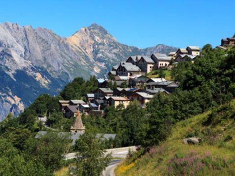 VILLAGE DE VACANCES CEVEO LES ANGELIERS - Camping Savoie - Image N°2