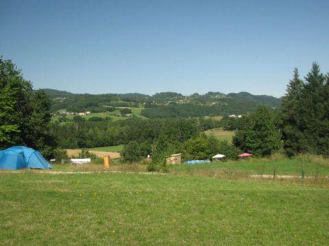 Camping La Vallee Verte - Camping Puy-de-Dome - Image N°2