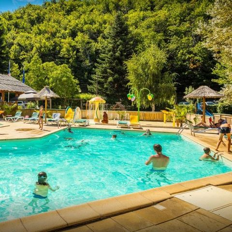 Flower Camping le Pont Du Tarn - Camping Lozere